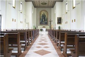 Interno della Chiesa dell'Istituto Palazzolo.